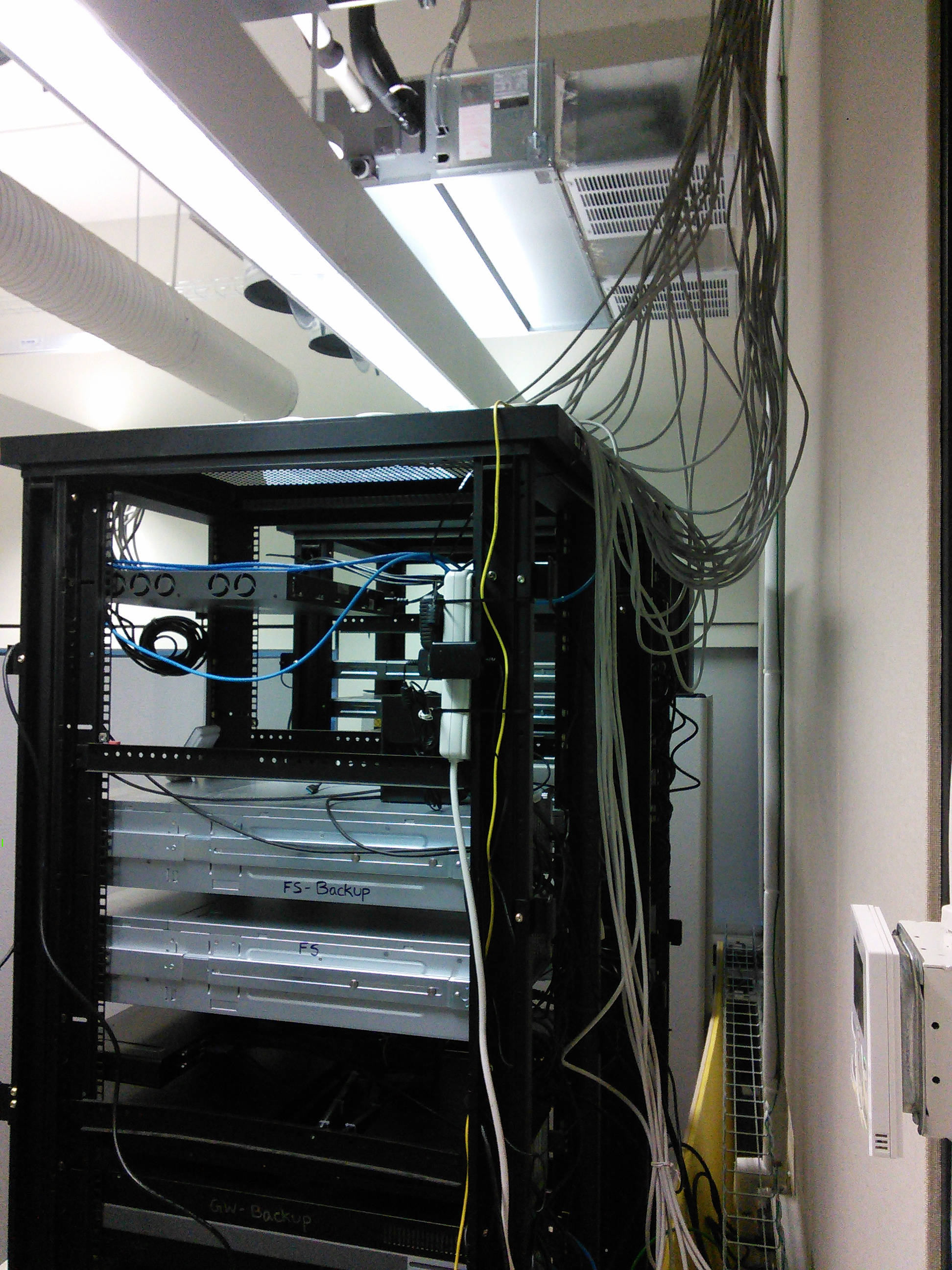CC434_server_racks_web_version.jpg